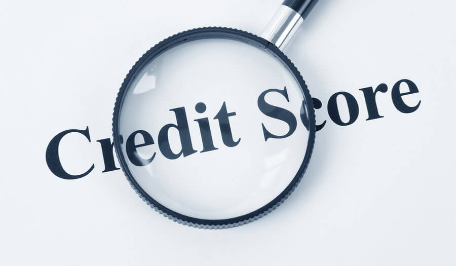 a magnifier over credit score