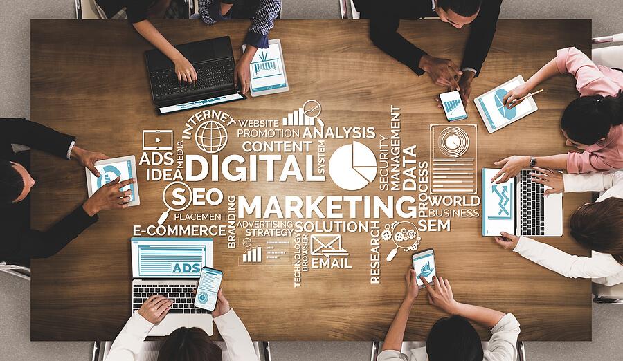online business marketing team